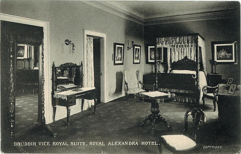 Postcard 1056 c s c ltd boudoir vice royal suite for Boudoir hotel