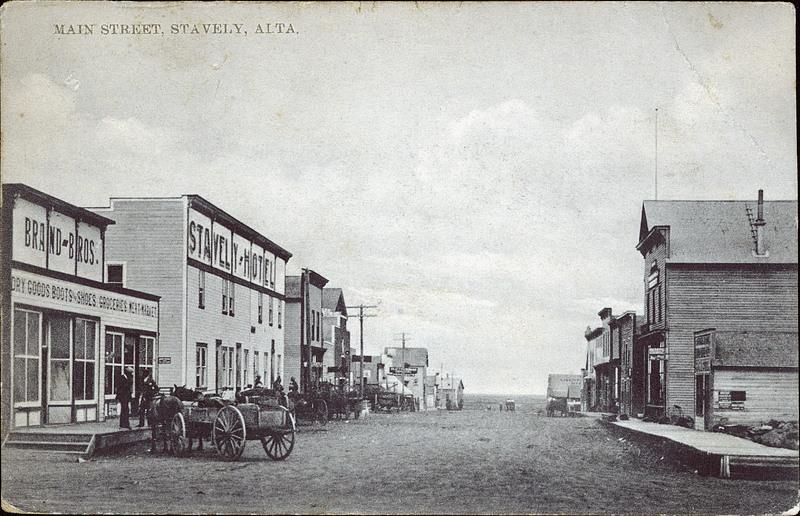 postcard 4808  c s  co  main street  stavely  alta   c1914