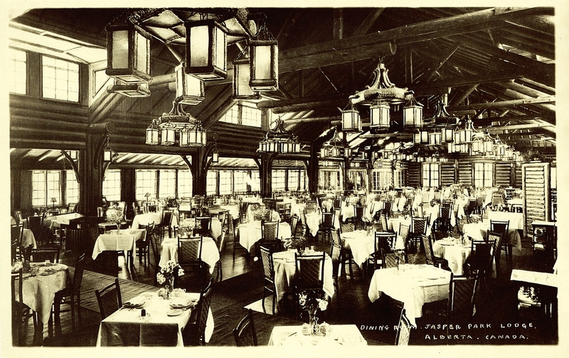 Postcard 8075 canadian national railways dining room for Decore hotel jasper