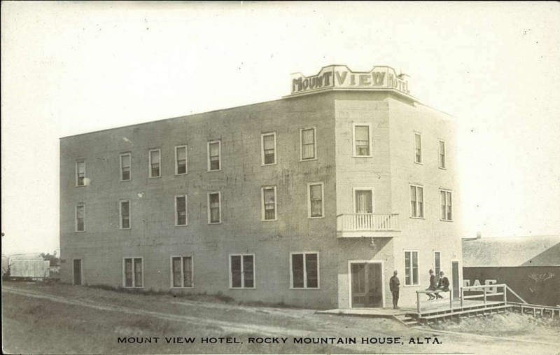 Rocky Mountain House Hotels