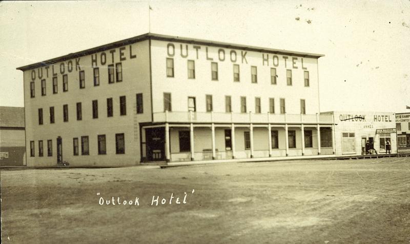Postcard 12779: Outlook Hotel (c1910)